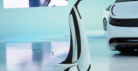 Toyotas Concept-i Walk offers rolling personal mobility