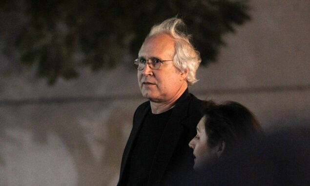 Chevy Chase gets into roadside fight with young drivers who had to look up who he was