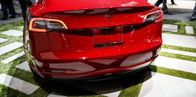 Tesla Asks for Model 3 Factory Volunteers to Prove Haters Wrong