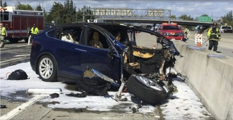 Tesla Driver Died Using Autopilot, With Hands Off Steering Wheel